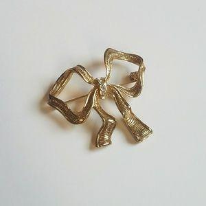Vintage Gold Tone Rhinestone Bow Ribbon Brooch Pin